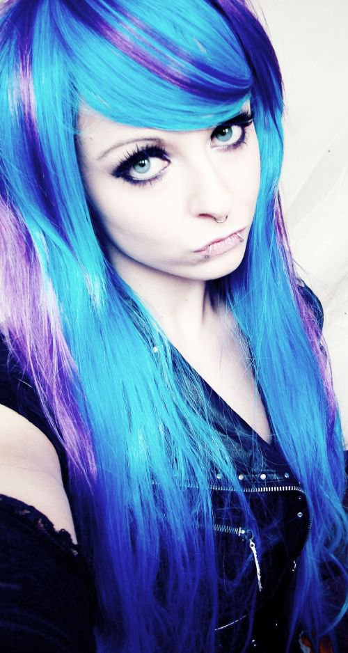 Short purple scene hair