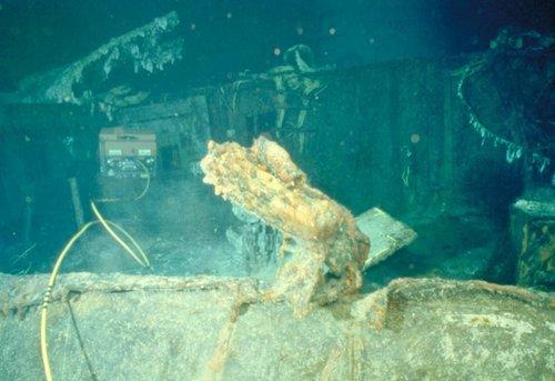 Le titanic tu connais bien s r c 39 est cet immense for Titanic epave interieur
