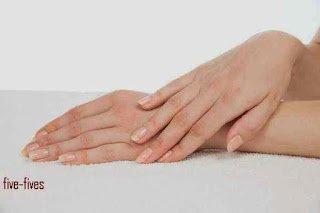 9 نصائح بسيطة لنعومة وجمال يديك – خمس خمسات