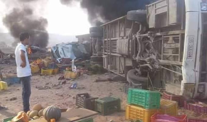 31-08-2016 - Tunisie - Kasserine - Accident grave autocar - collision entre un camion transportant du ciment dont les freins ont l�ch�  et un car. bilan :15 personnes ont trouv� la mort et 82 bless�s.