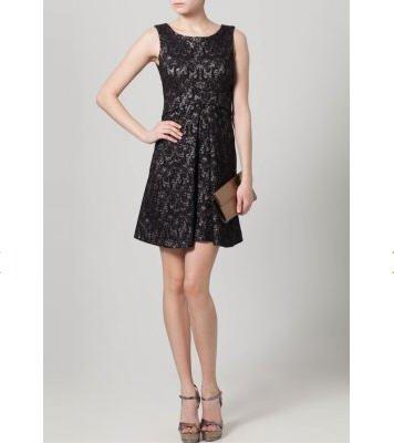 closet robe de soir e noir zalando tendance mode femme. Black Bedroom Furniture Sets. Home Design Ideas