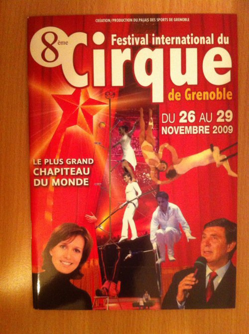 A vendre / On sale / Zu verkaufen / En venta / для продажи : Programme 8�me Festival International du Cirque de Grenoble 2009