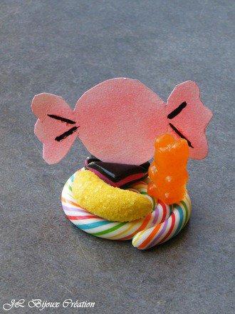 Marque place / porte pr�nom sur le th�me des bonbons
