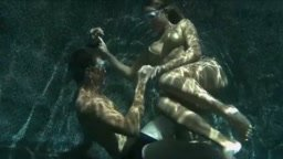 Underwater lesbian sex - Fooktube.com
