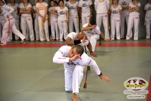 FESTIVAL CAPOEIRAIZES PARIS 2015 - Abada Capoeira Jogaki