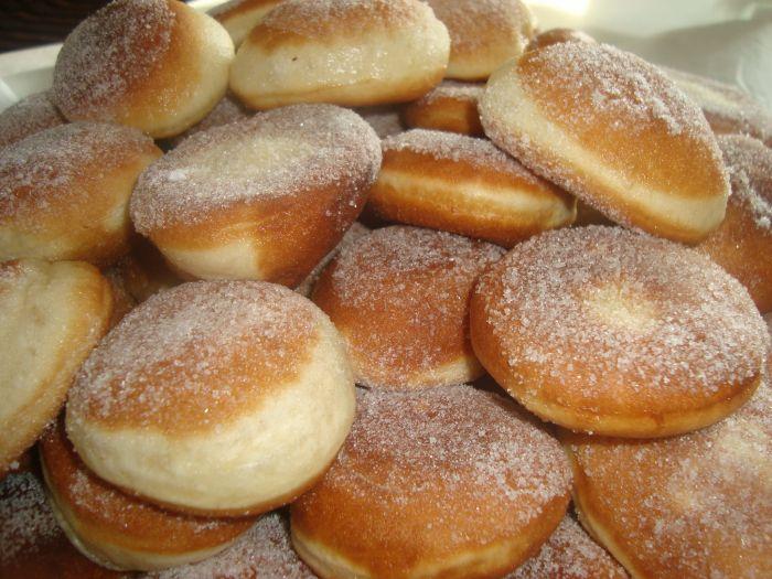 Beignets moelleux au sucre lallahajja - Recette beignet au sucre moelleux ...