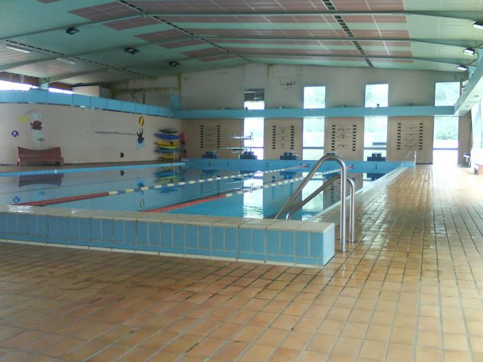Piscine d 39 ussel dadanageur for Piscine ussel