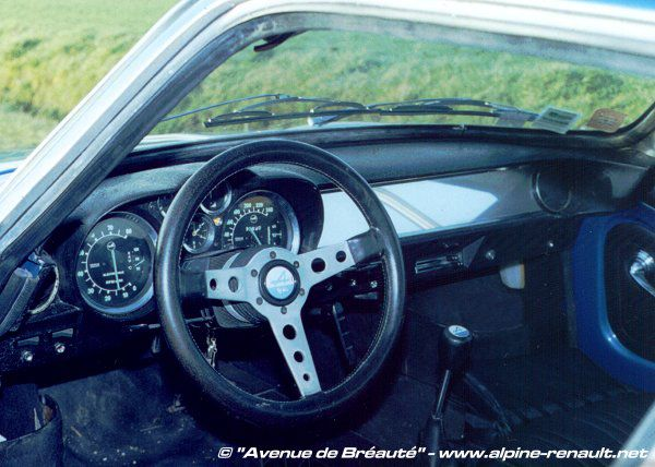 Interieur d alpine a110 rsi281 for Interieur alpine a110