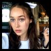 Alycia-Debnam-Carey