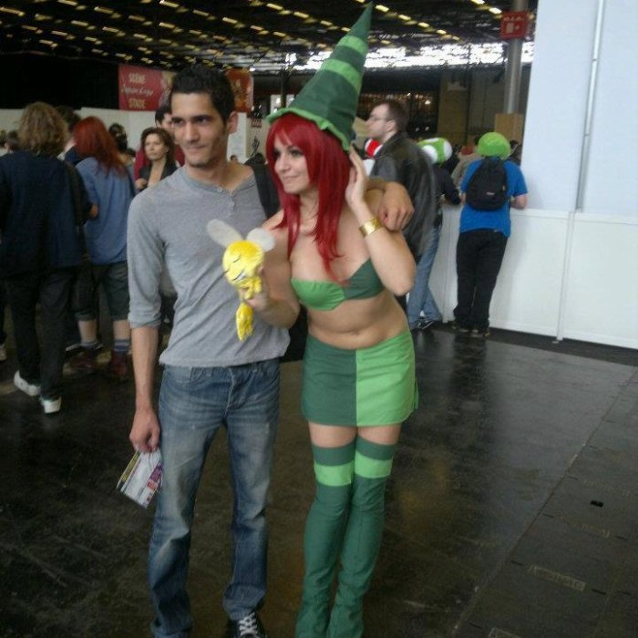 Photo prise à la Japan Expo avec une charmante cosplayeuse