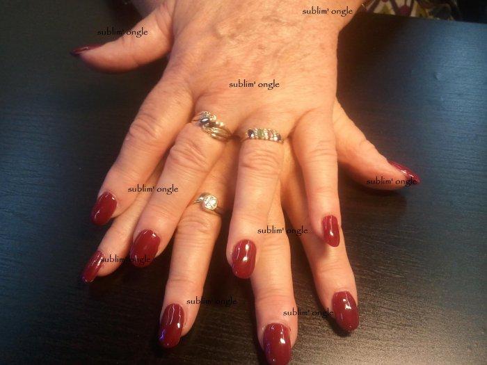 """pose complète simple avec les produits """" peggy sage """" , vernis permament rouge """" nails and co """" ."""