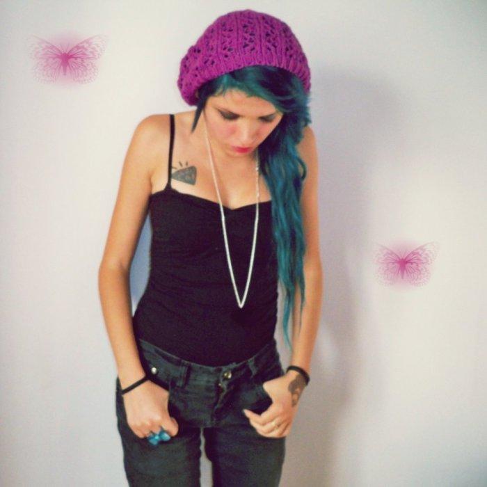 moi  Hair  Green