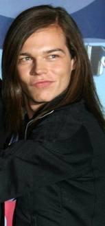 Mon Georg, ton sourire et ton rire me manquent ♥.