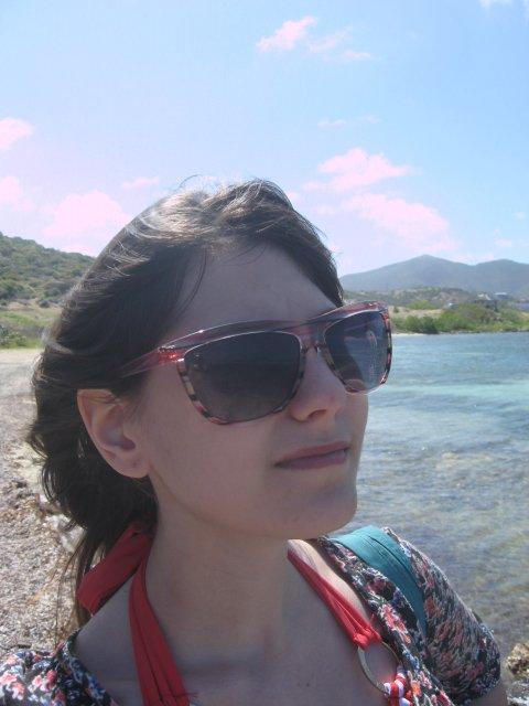 moi en 2012 à st-martin proche de l'eau