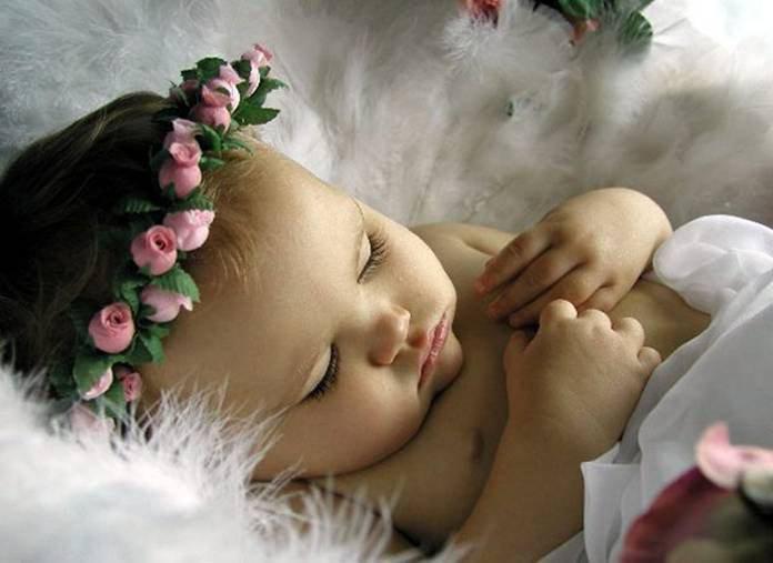 bébé angel trop cute