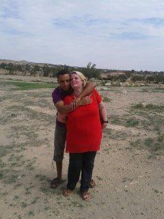 Moi et mon mari dans son champs