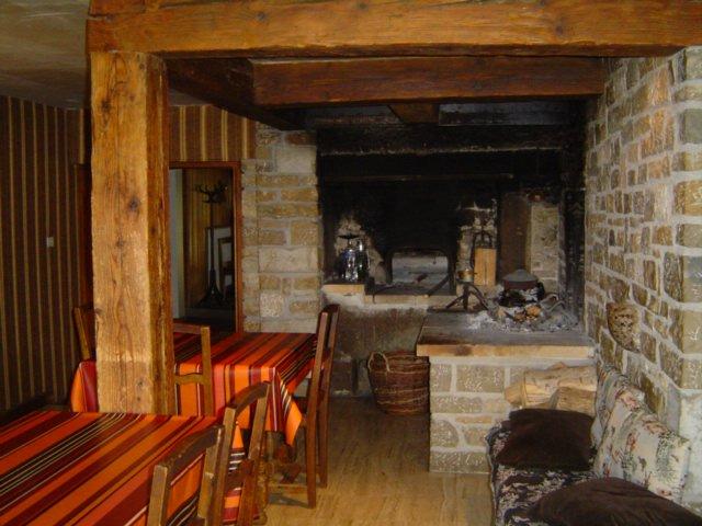 Four à pain et cheminée