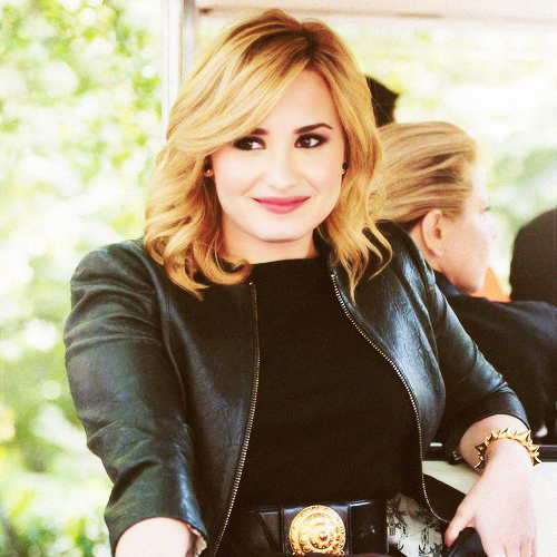 THE BEST ♥ DEMi LOVATO