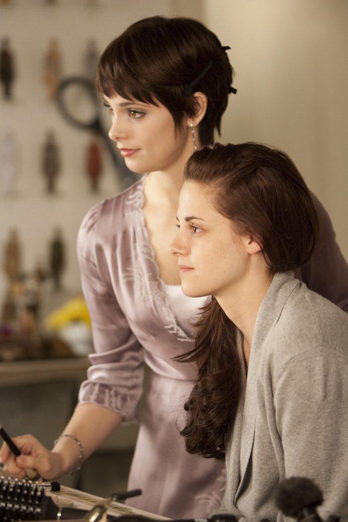 Alice prépare Bella