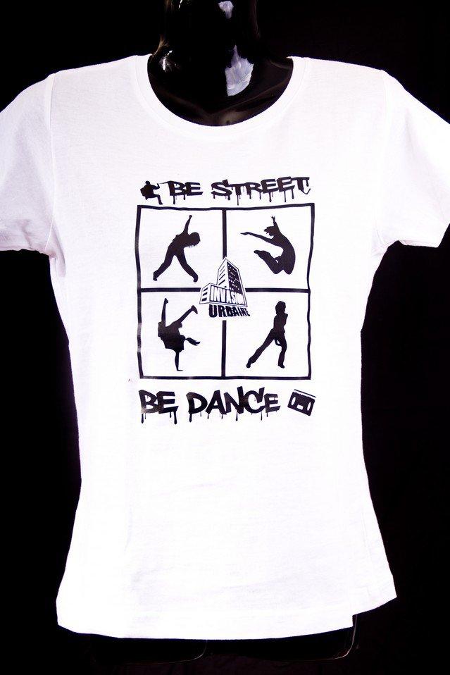 Modèle femme : Be street