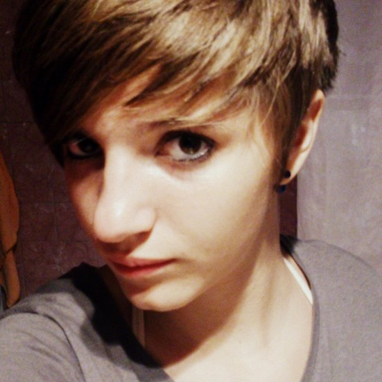 Et voilà cheveux coupés.