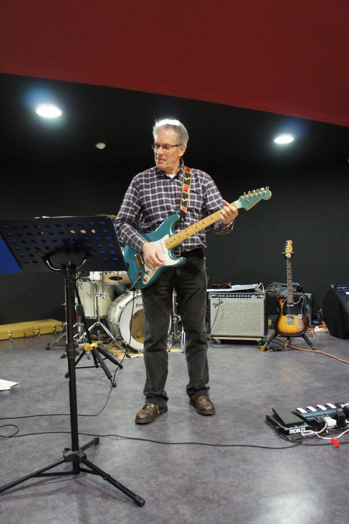 LES FLASH - Gérard - Guitare rythmique -