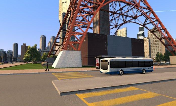 Au pied de la tour, les citoyens prennent le bus