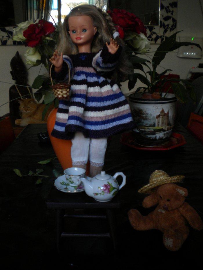 robe de laine modele camille(les poupées de nos g-mère