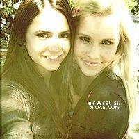 Nina et Claire Holt