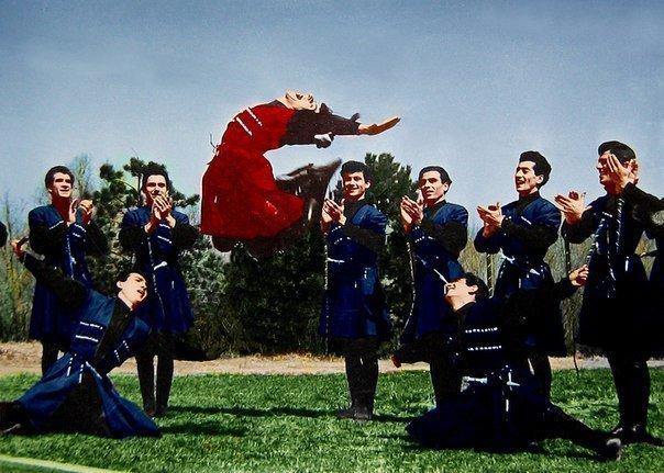 armenian dance kavkaz caucasus lezginka kochari berd shalaxo