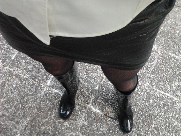 Plongée enchainée sur la vue de mes bottes