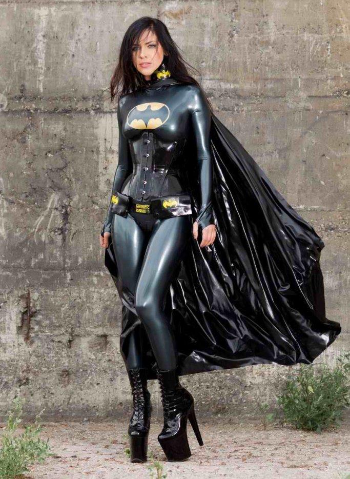 il n'y a pas que bat man, je suis batwoman!