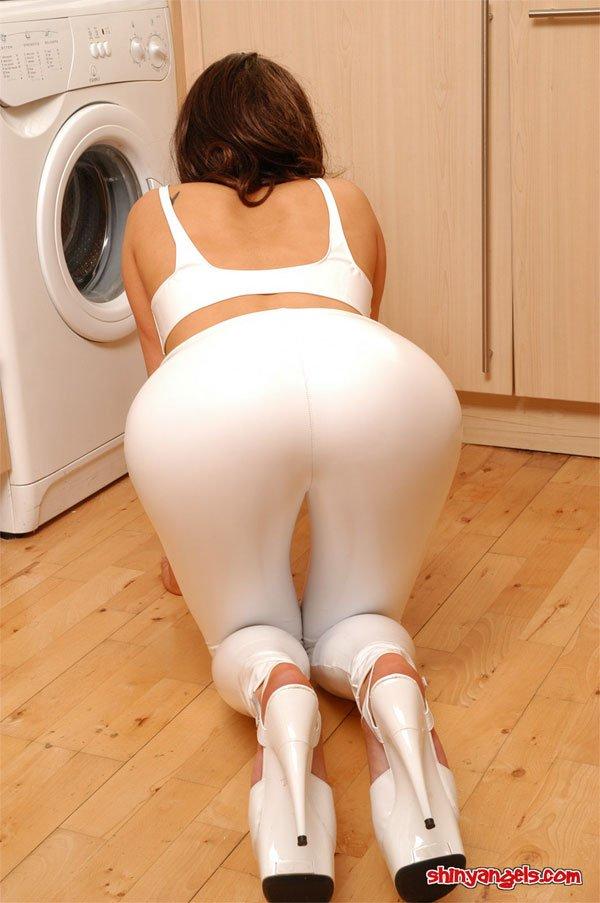 mon truc, cest la lessive...mais en latex  !