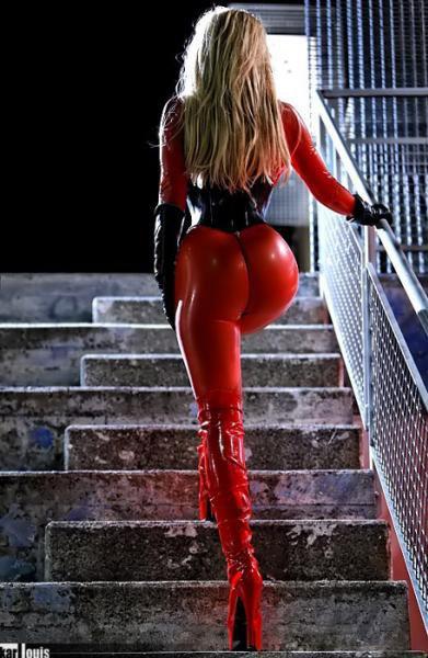 le tapis rouge ds les escaliers c'est elle !