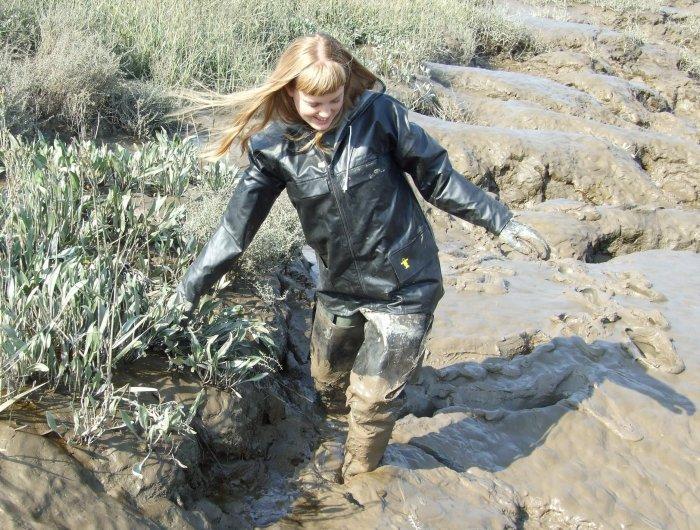 heureusement que j'ai prévu mes cuissardes pour cette boue