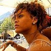 Profil de Rihanna-Fente