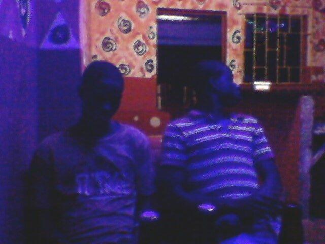 moi et mes amie dans une soire entre amie
