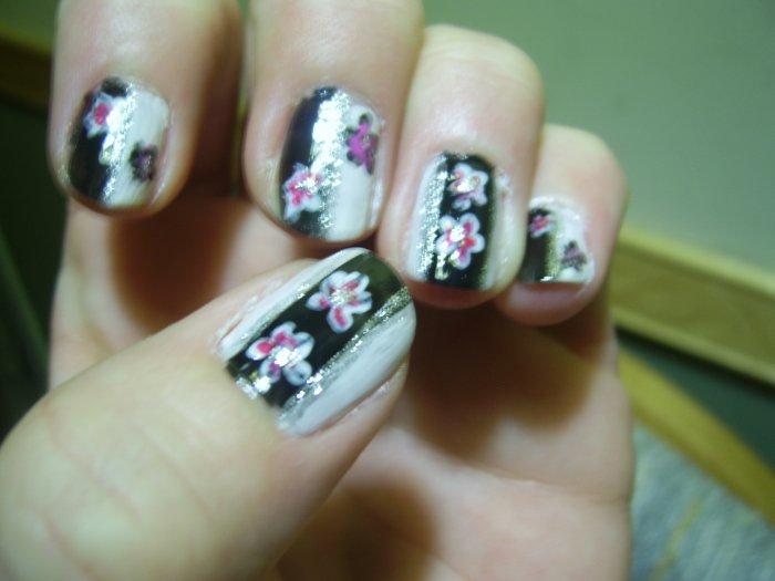 ying yang façon nail art