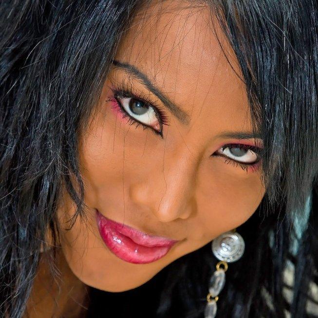 areeya , le plus jolie trans au monde