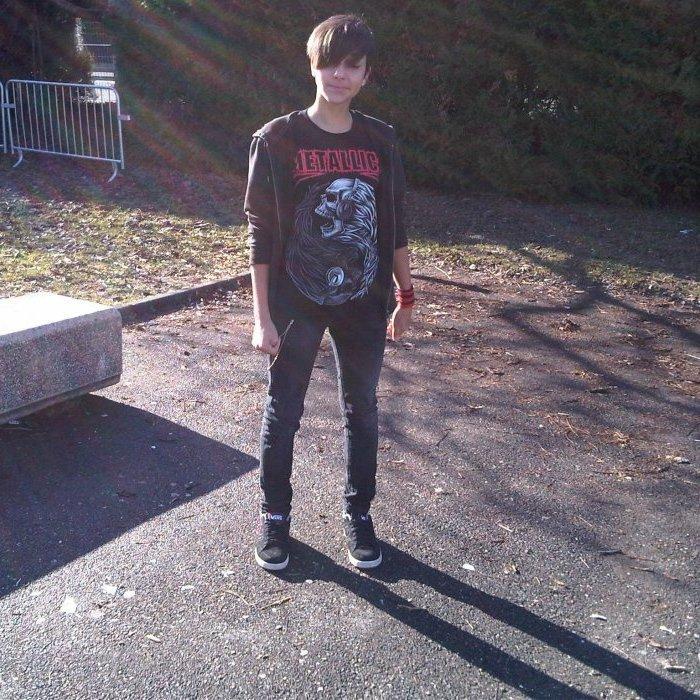 J'avais le soleil en pleine tronche , et une mini méche !!