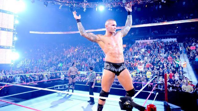 Orton faisant sa pose avant sont match face à Del Rio
