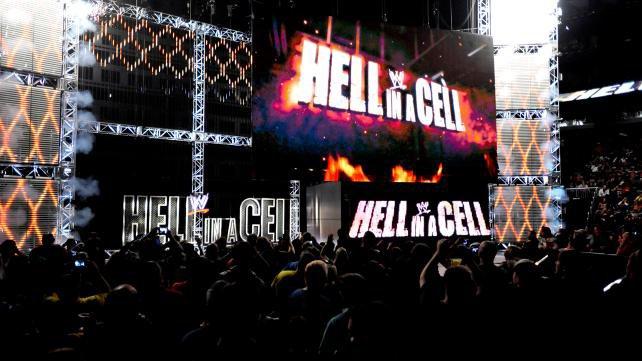 Le décor de Hell in a Cell 2012