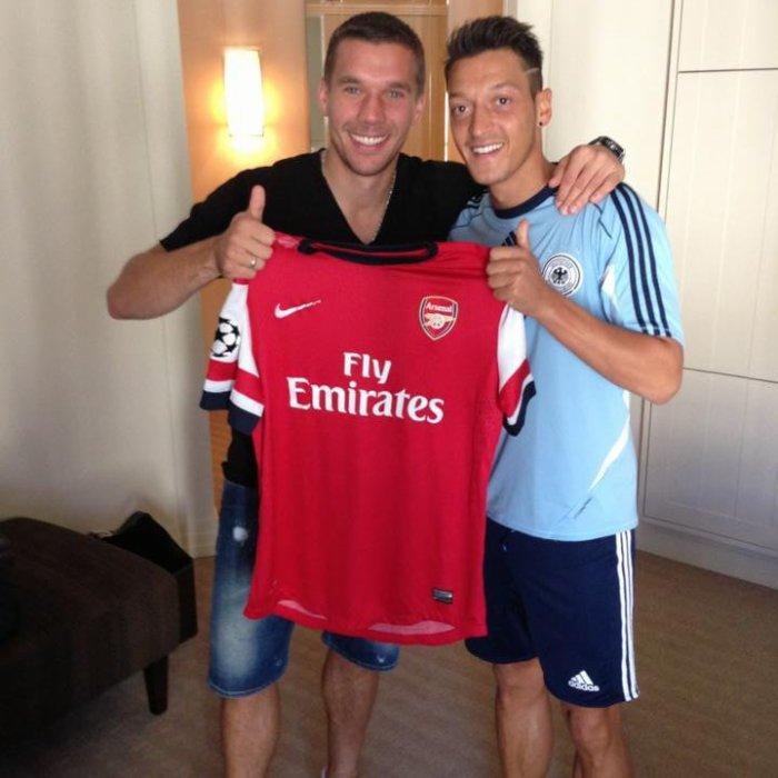 Lukas Podolski et le nouveau Gunners Mesut Ozil