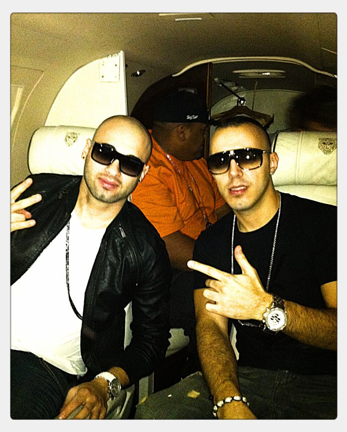 with LUCENZO 'n private jet
