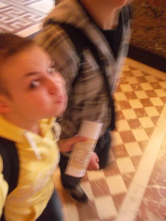 Jessy et moi au Louvre ;) ♥