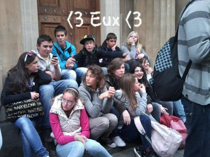 Eux <3 le 19/05/2012 <3 en Angleterre
