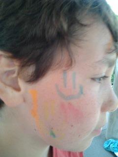 Bisounours Sofiane et ses tags sur le visage x)