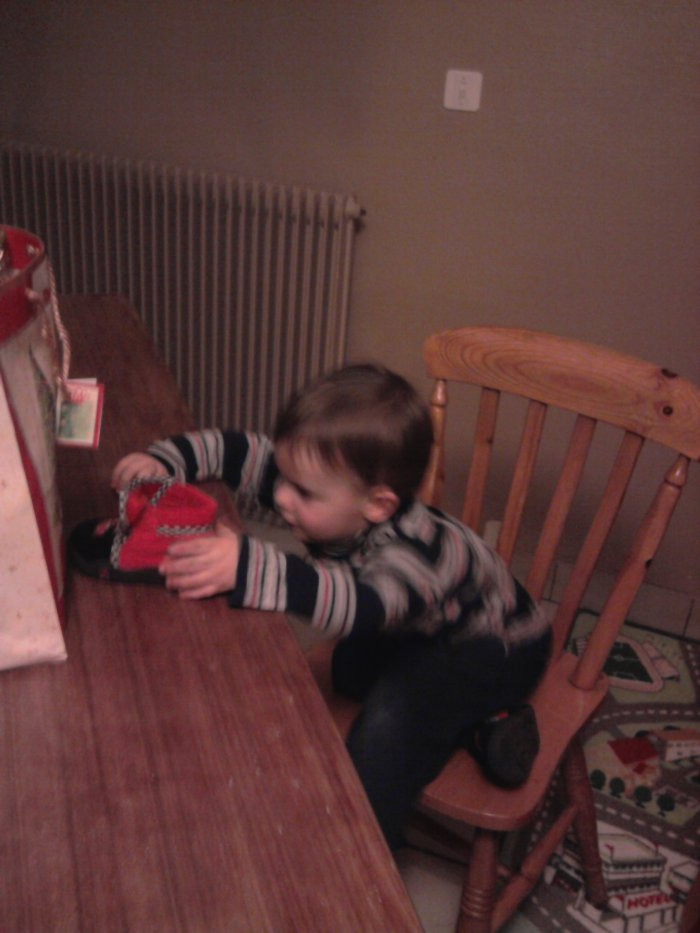mon petit cousin alias la pile éléctrique XD