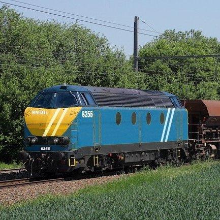 Un DieselPower série 62 au couleur d'Infrabel (2012)