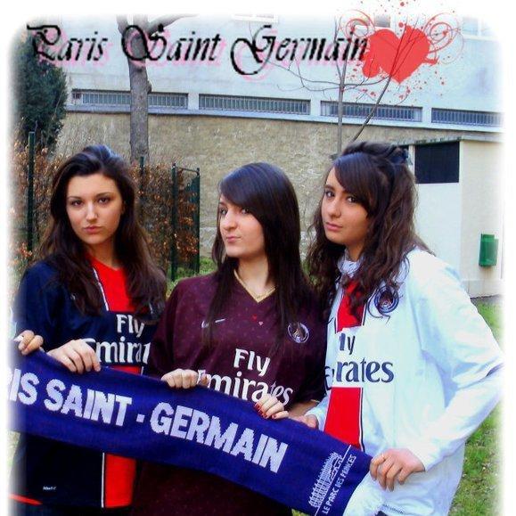 Fière de nos couleurs !!! Aller PARIS !!! <3